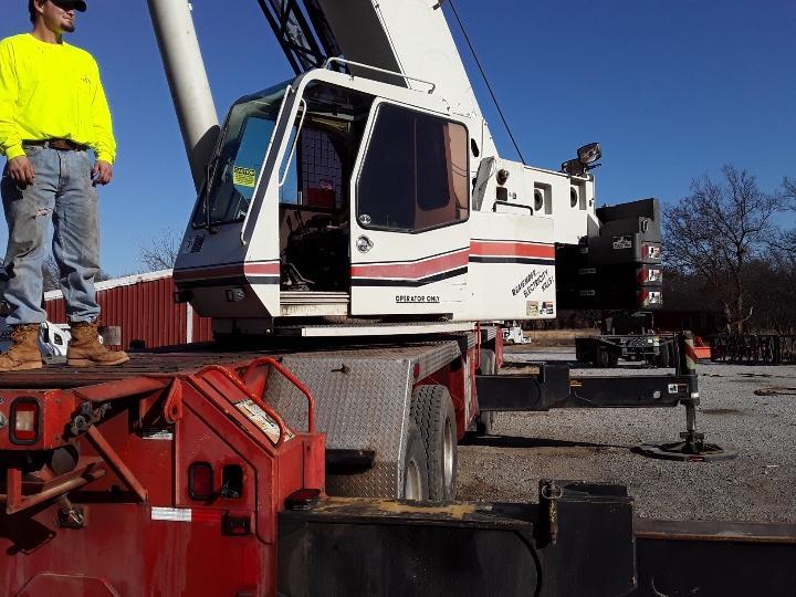 Fitzgerald and Sons Steel LLC 75-ton link-belt truck cranene